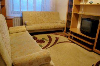 1-комнатная квартира посуточно в центре Нижневартовска